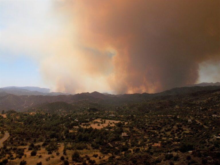 Αrticle (in Greek) about forest fires by Dr. Dimitris Sarris (hosted by SigmaLive)